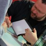 potpisivanje-nenad-gajic-sajam-knjiga-2