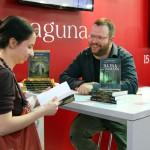 potpisivanje-nenad-gajic-sajam-knjiga-8